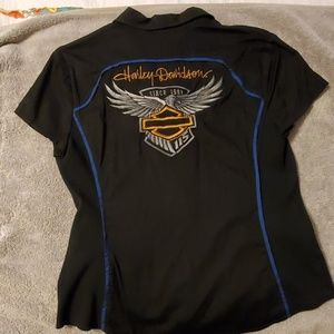 Women's Harley Davidson top size large zip-up